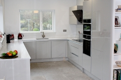 U Shaped Modern Kitchen