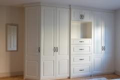 Wardrobe with corner